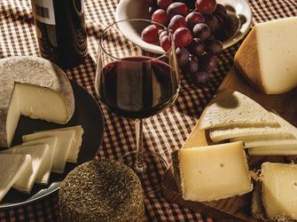 Alquiler de apartamentos en el Estartit: promoción de productos y gastronomía del Empordà